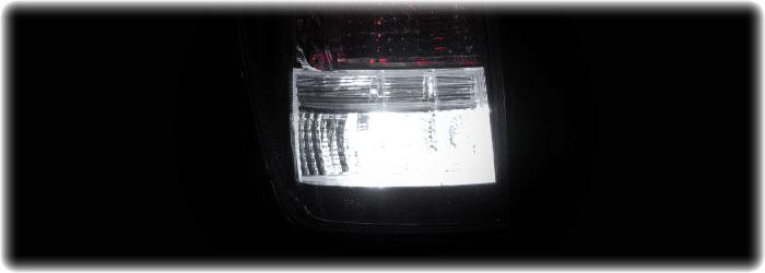 T20ウェッジ球 超高輝度・超拡散仕様3chipSMD13連(LED39発相当)ホワイト2個セット